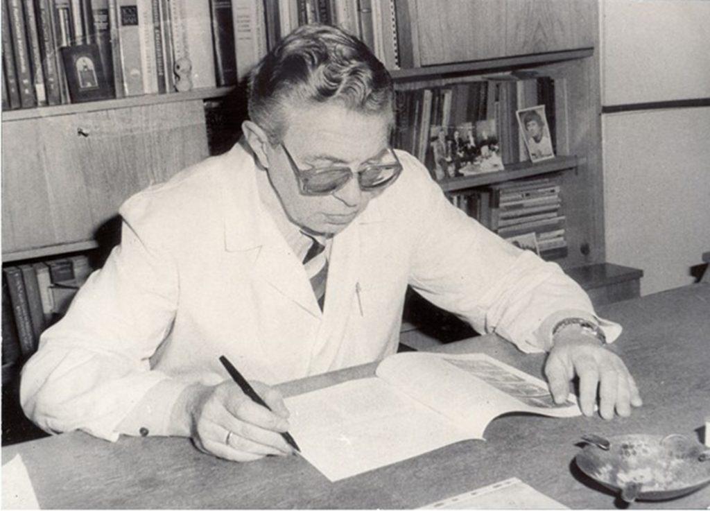 проф-дхн-Павел-Пешев 1991-2004